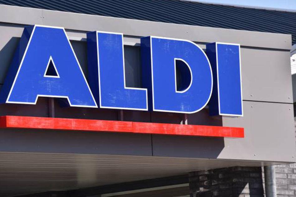 Aldi Nord muss seine Kunden vor einer Steckdose warnen.