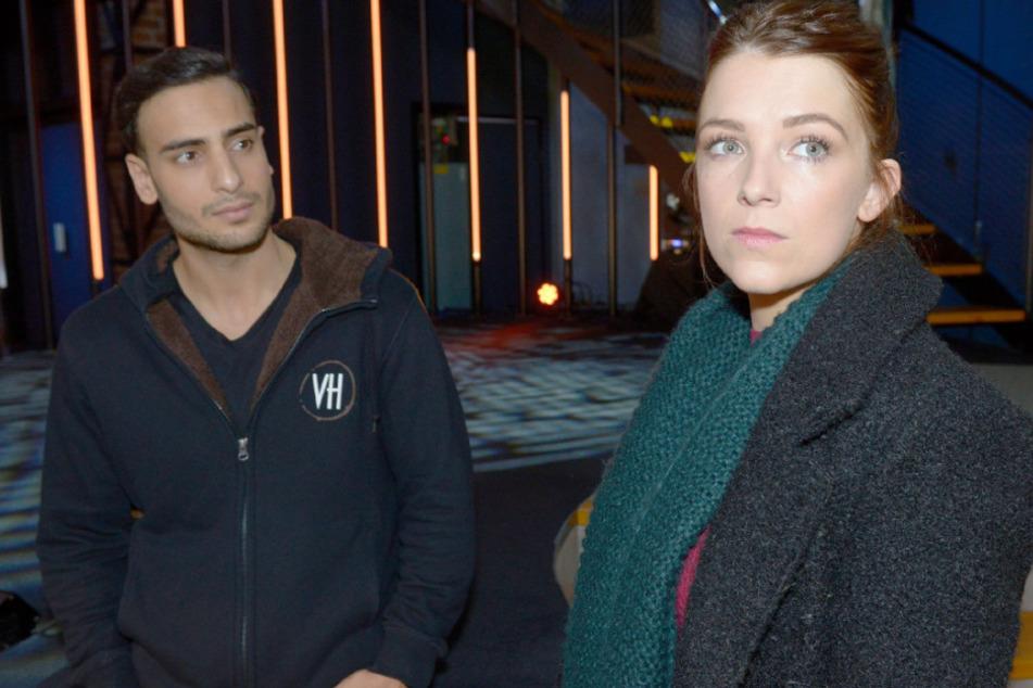 Nihat und Lilly wissen nicht, wie sie mit Moritz umgehen sollen.