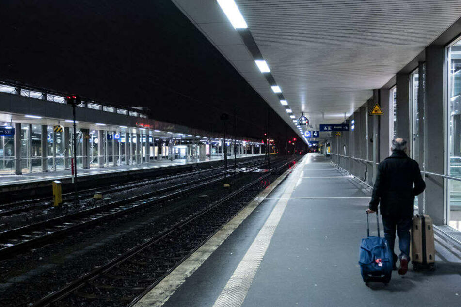 Deutsche Bahn: So viele Züge einfach gestrichen, und zwar ersatzlos!
