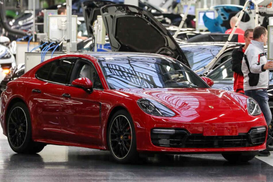 Will keiner mehr Porsche fahren? Arbeiter müssen um Job bangen