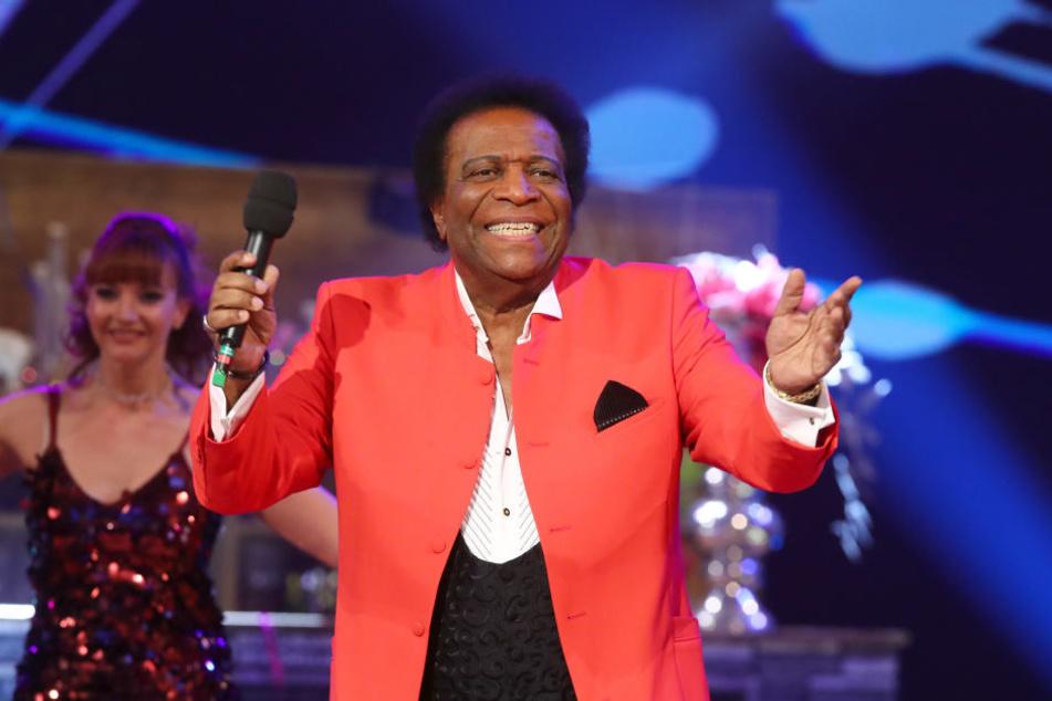 """In der ARD-""""Silvestershow"""" schien Roberto Blanco (80) der Text seines größten Hits entfallen zu sein."""