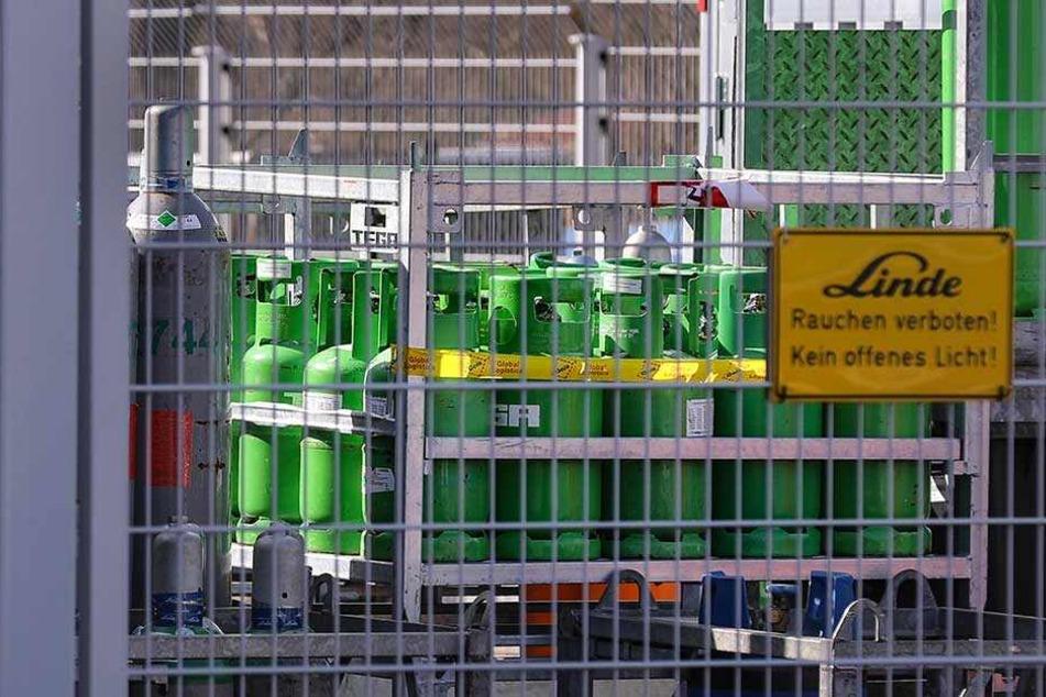 Vom Gelände einer Firma auf der Bodenbacher Straße in Dresden waren 19 solcher Gasflaschen gestohlen worden.
