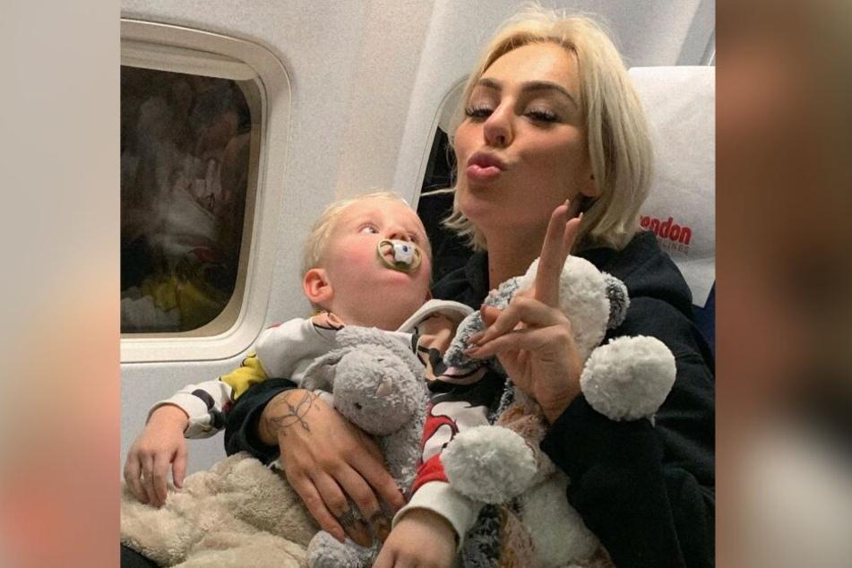 Die beiden waren heilfroh, als sie wieder im Flugzeug nach Hamburg saß.