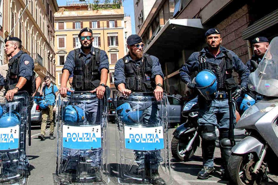 Vor einer Leitstelle der Carabinieri in Rom detonierte ein Sprengsatz (Symbolbild).