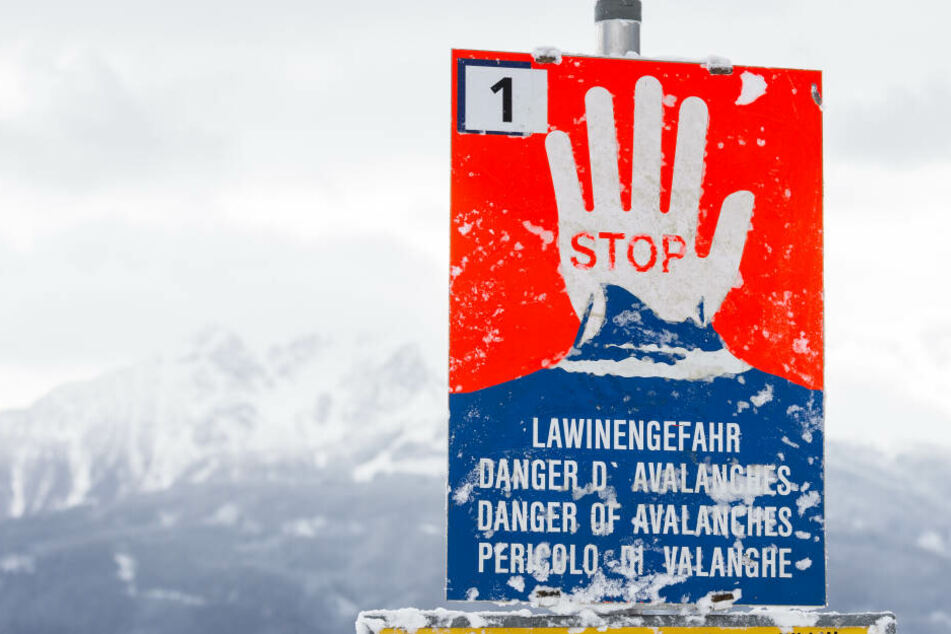 In Europa unterscheidet man fünf Gefahrenstufen: Von geringer Gefahr bis sehr großer Gefahr vor Lawinen.