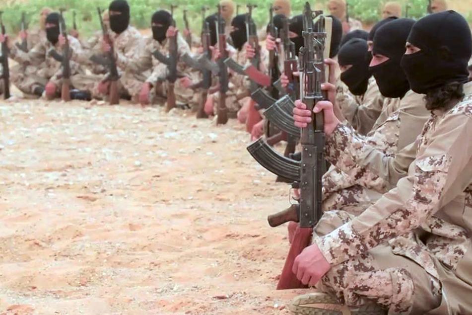 Ausschnitt eines Propaganda-Videos der Terrormiliz Isamischer Staat.