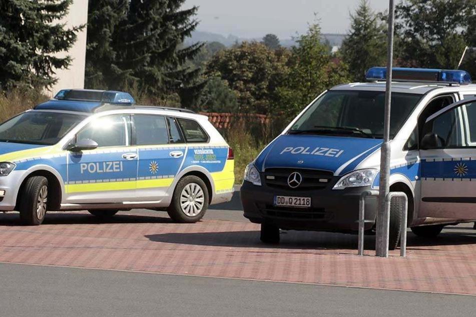 Die Polizei musste wegen einer Messerstecherei anrücken (Symbolbild).