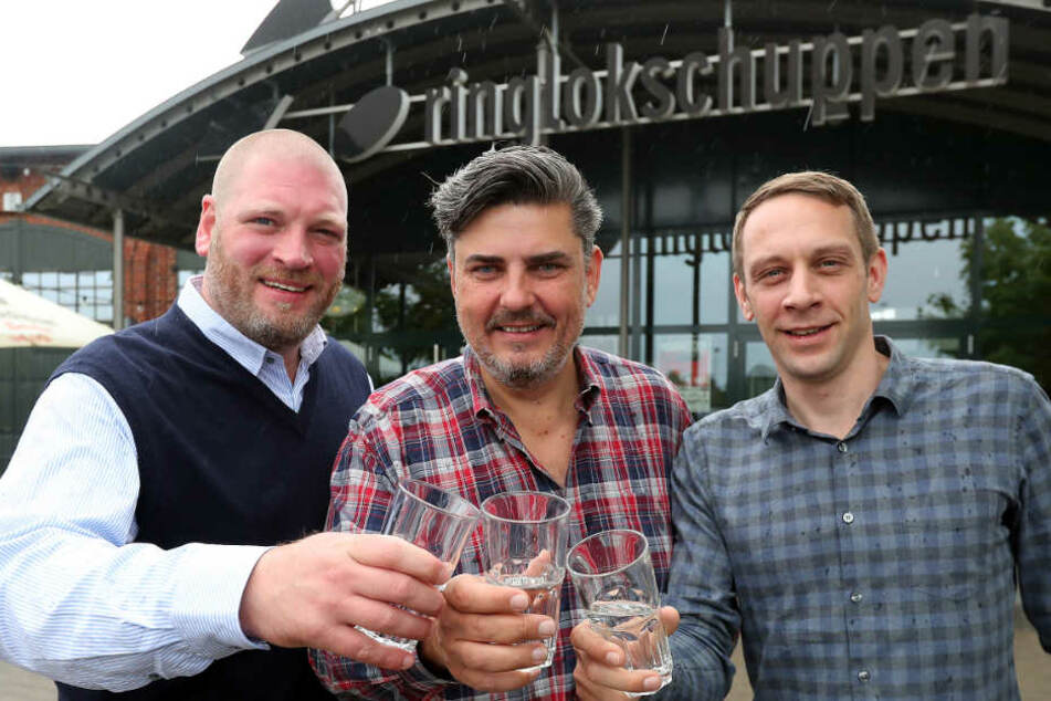 """Das Betreiber-Trio freut sich auf den """"neuen"""" Rilo!"""