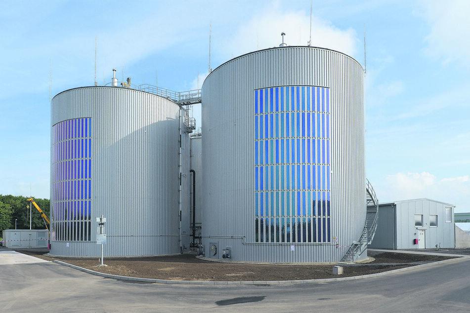 In Bergheim-Pfaffendorf (Nordrhein-Westfalen) realisierte Heliatek ein Pilotprojekt an einer Biogasanlage mit 180 Solarfolien.