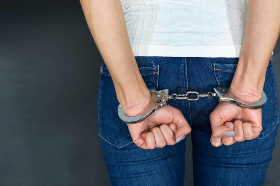 Der Mann war im vergangenen Oktober nach der Haft in ein Programm für rückfallgefährdete Sexual-Straftäter aufgenommen worden.