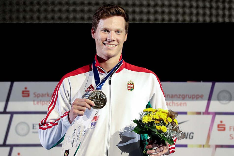 Die Fecht-WM selbst lief für die Ungarn gut. Säbelfechter Andras Szatmari gewann Gold, zwei weitere ungarische Fechter holten Silber und Bronze.