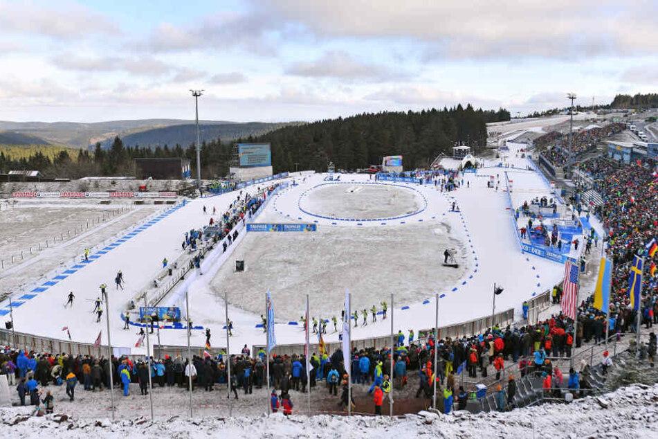 In Oberhof hatten die milden Temperaturen dafür gesorgt, dass der Schnee aus Gelsenkirchen hatte angefahren werden müssen.