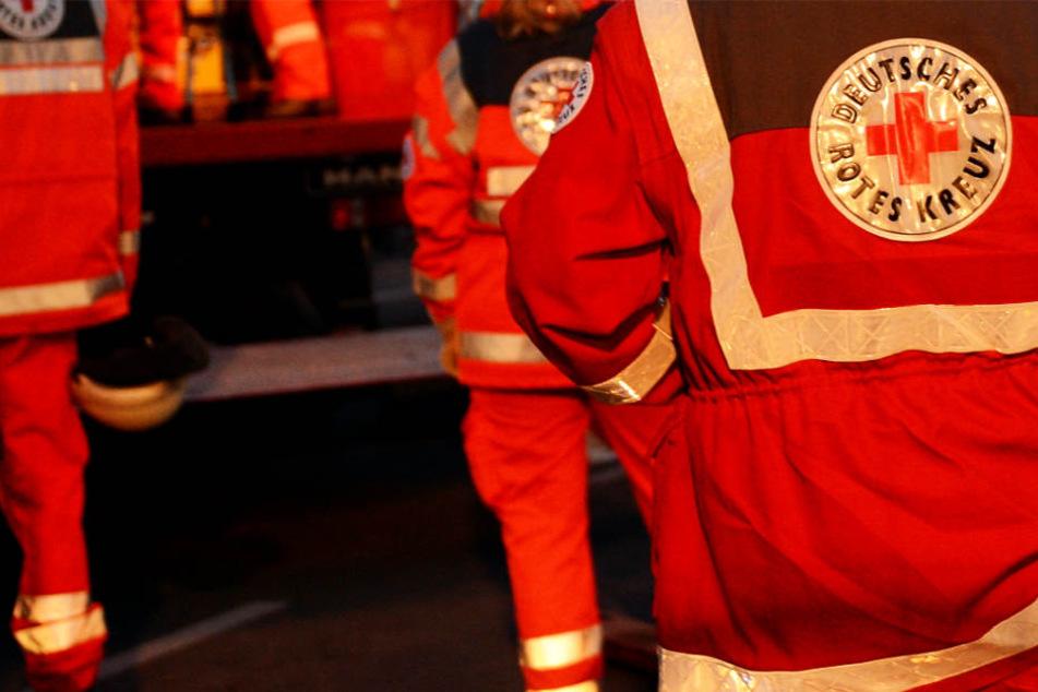 Drei verletzte Personen mussten ins Krankenhaus gebracht werden (Symbolbild).