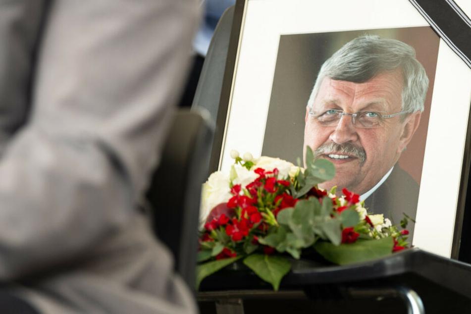 Ein Bild von der Trauerfeier für den erschossenen Kasseler Regierungspräsidenten Walter Lübcke.