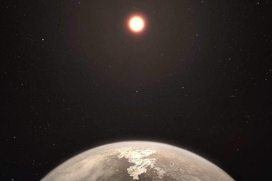 Die künstliche Darstellung des Planeten Ross 128 b.