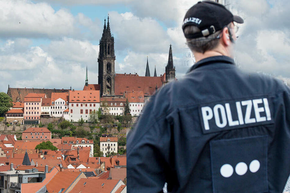 Mann wird nach Hotel gefragt: Polizei kommt Diebesbande auf die Schliche
