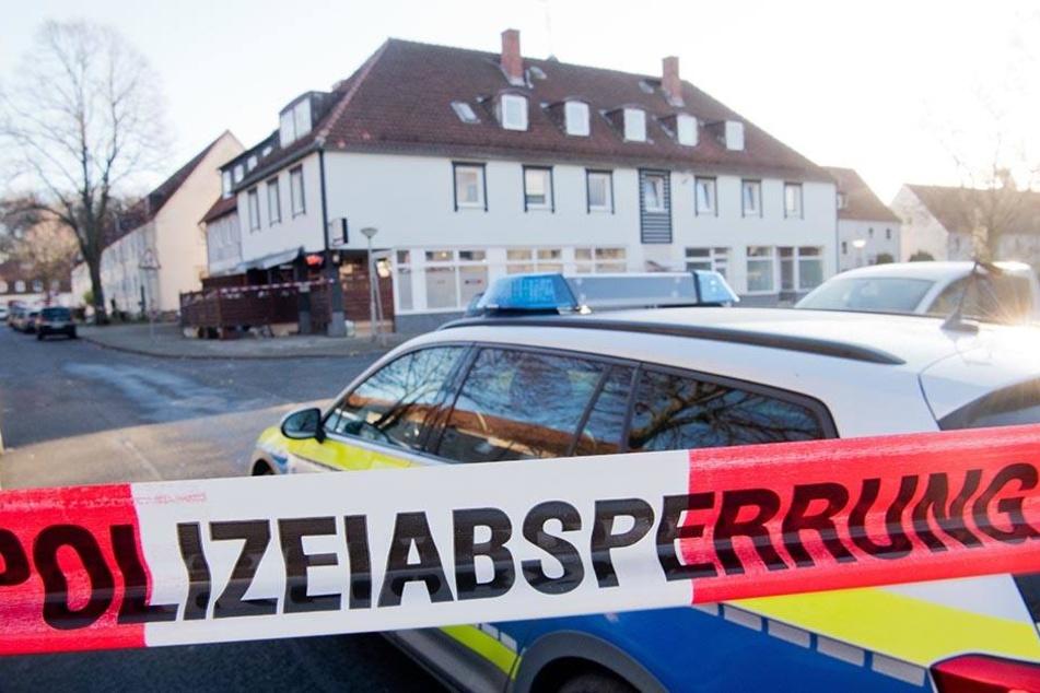 Die Polizei konnte vier Tatverdächtige festnehmen. (Symbolbild)