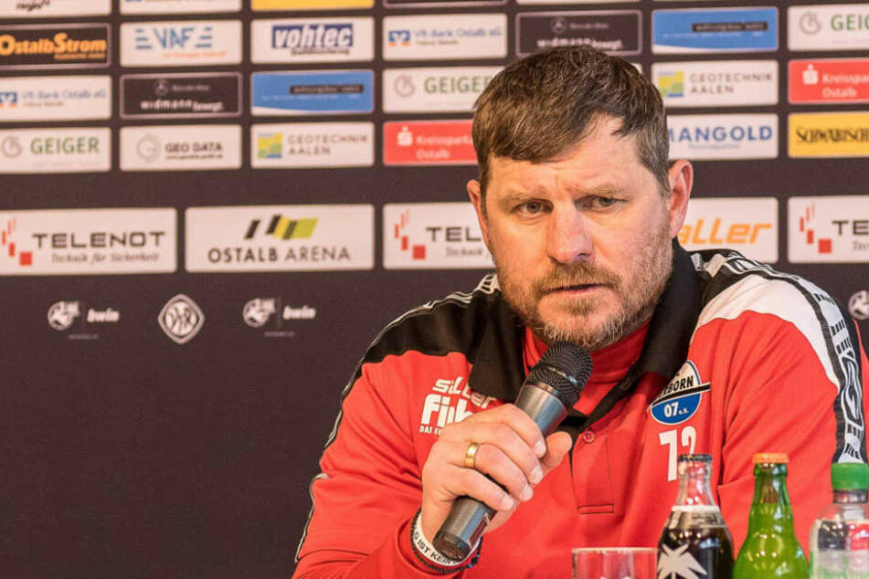 SCP-Coach Steffen Baumgart (46) weiß nicht immer, wen er aufstellen soll.