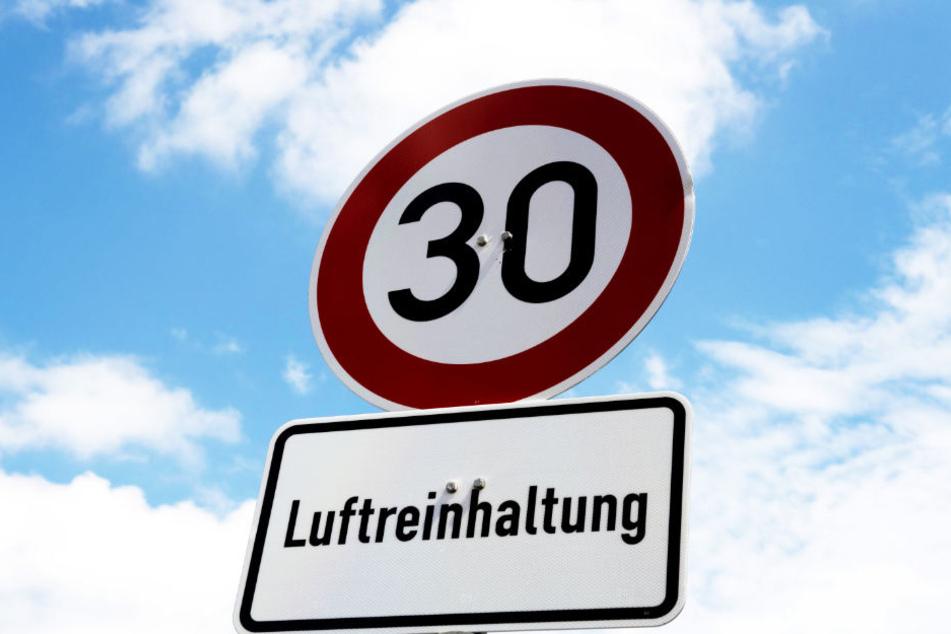 FDP sieht in Tempo-30-Zonen Gefahr für Luftqualität in Hamburg