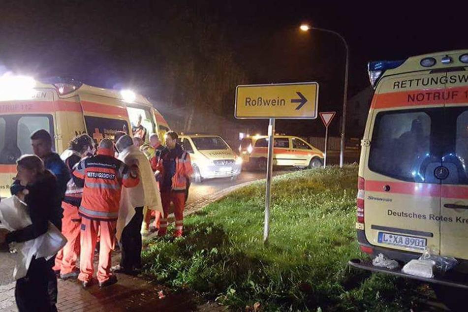 In der Nacht zu Mittwoch musste die Feuerwehr zu einem Brand nach Döbeln ausrücken. Elf Hausbewohner wurden verletzt.