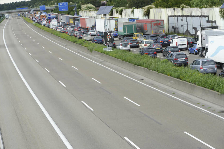Am Offenbacher Kreuz heißt es für Autofahrer oft Geduld zu behalten.