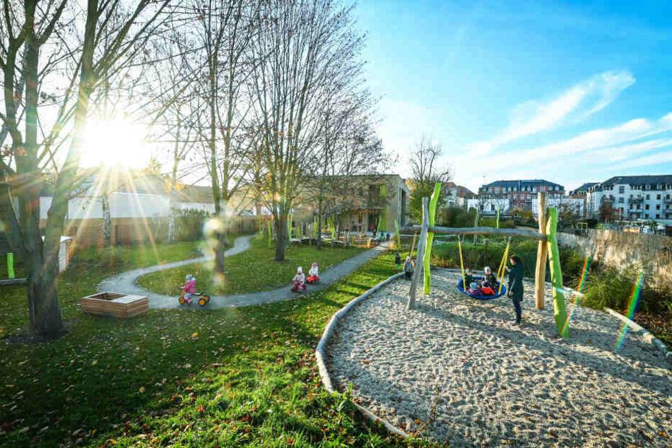 """Das Außengelände der Kita """"Haus der Kinder"""" ist eines der schönsten in Deutschland."""