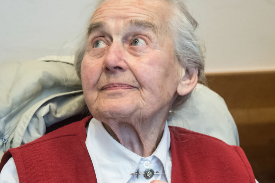 Holocaust-Leugnerin muss mit 89 Jahren wohl in den Knast