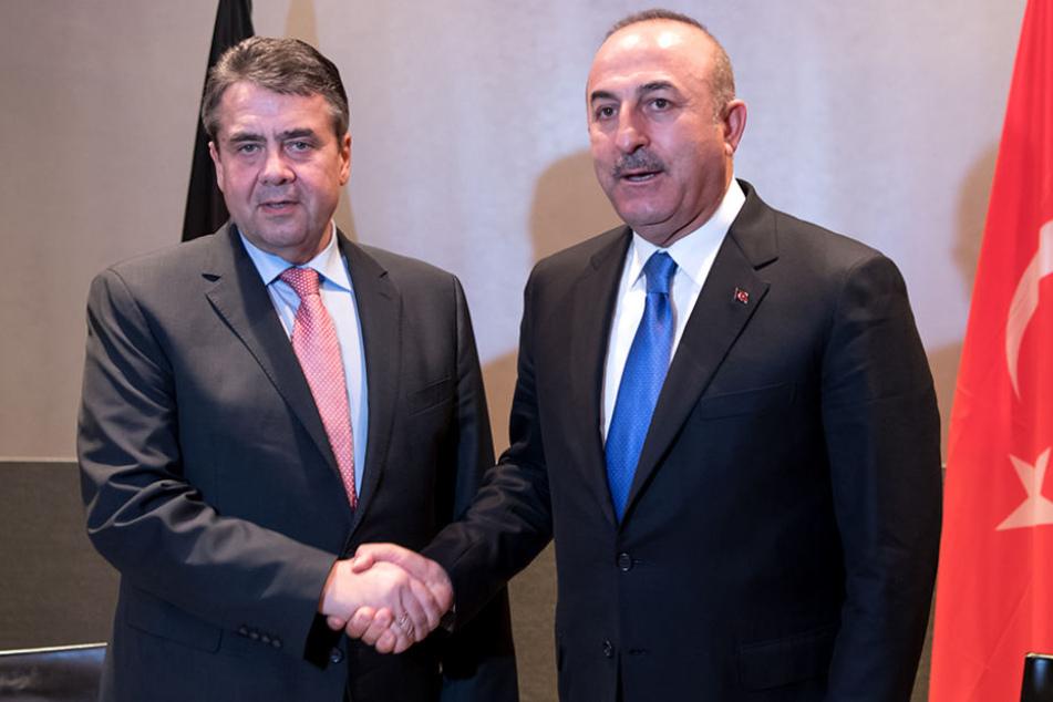 Am Dienstag treffen sich die beiden Außenminister Gabriel und Cavusoglu in Berlin.