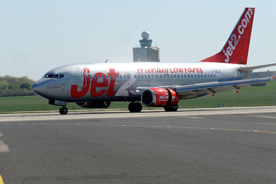 Der Jet musste zurück zum Startort (Symbolbild).
