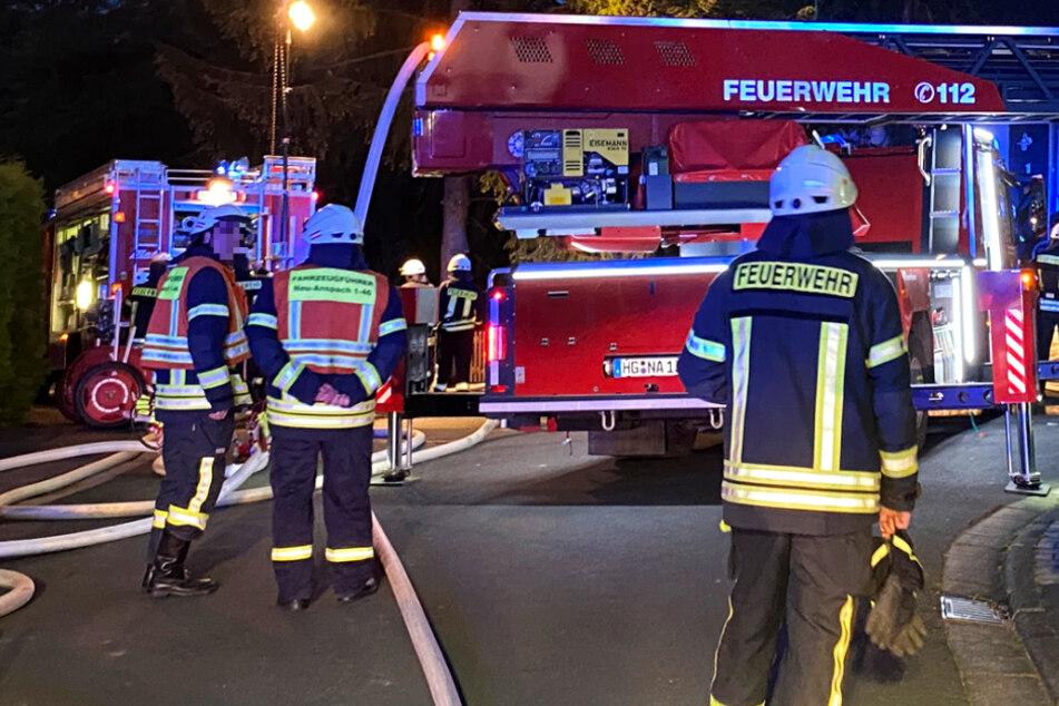 Die Feuerwehr rückte mit einem großen Aufgebot an.