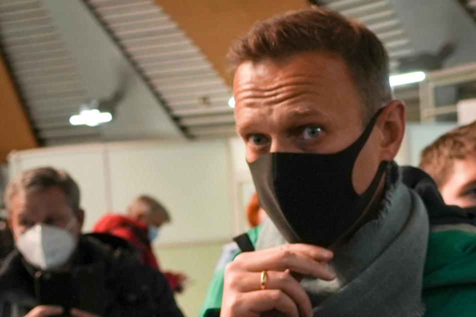 """Nawalny-Farce geht weiter: Eilverfahren vor Gericht, neue Stufe der """"Gesetzlosigkeit"""" erreicht"""
