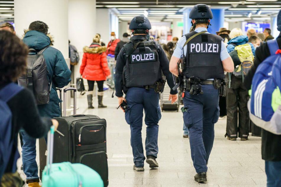 Terminal 1 gesperrt: Großer Polizeieinsatz am Frankfurter Flughafen