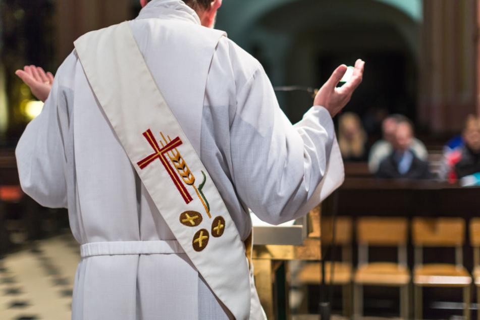 Dem Jesuitenpater Ansgar Wucherpfennig sei nach seinen Äußerungen die Unbedenklichkeitserklärung aus Rom verweigert worden (Symbolbild).