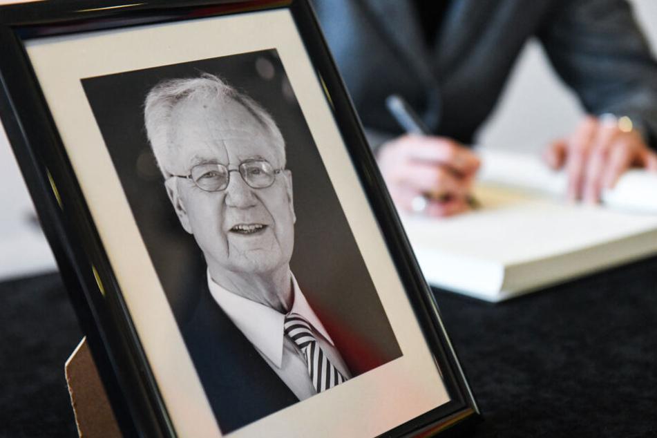 Brandenburger Landtag gedenkt des verstorbenen Ex-Ministerpräsidentens Manfred Stolpe