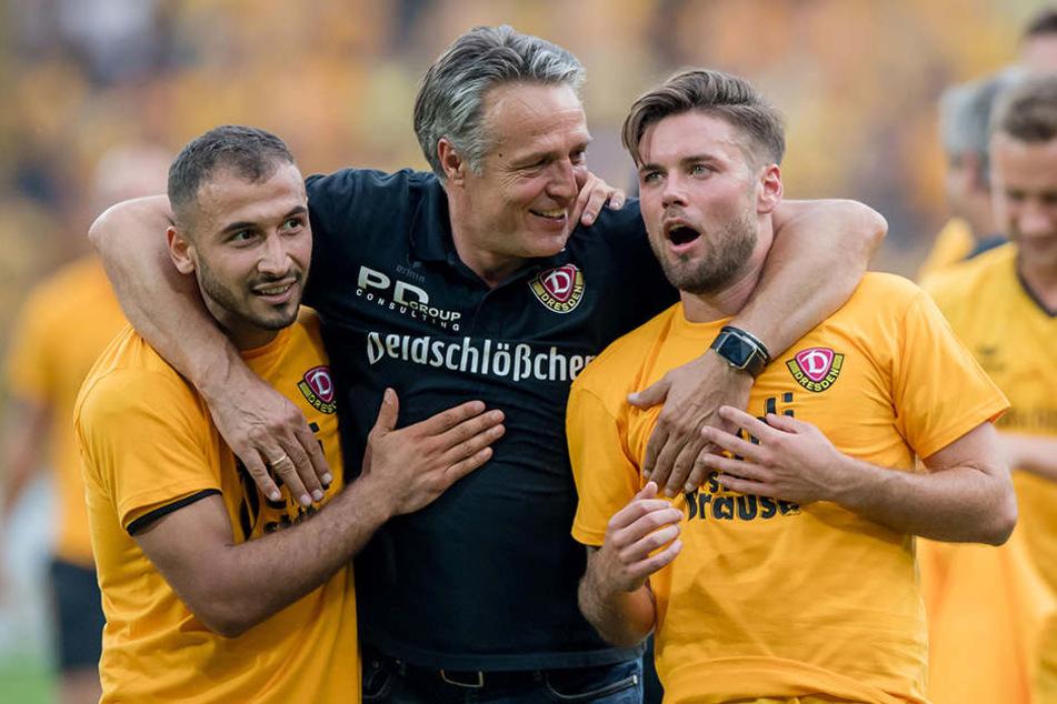 Trainer Uwe Neuhaus (Mitte) mit Akaki Gogia (l.) und Niklas Kreuzer.