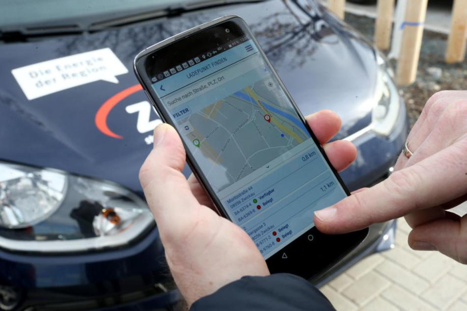 Einfaches Bezahlen: Wer an einer ZEV-Ladestation Strom tankt, kann anschließend einfach per App bezahlen.