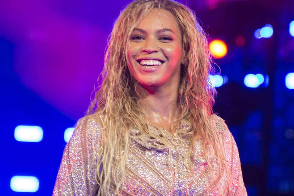 Beyonce (37) hat gut lachen: Sie muss sich nicht weiter mit den Vorwürfen der Hexerei auseinandersetzen.
