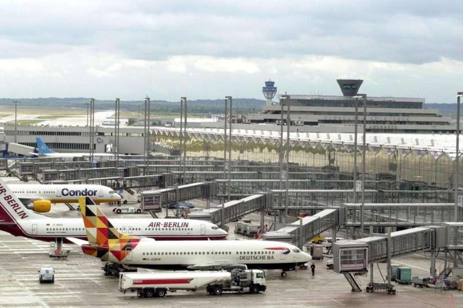 Für den 44-Jährigen endete die Florida-Reise am Flughafen Köln/Bonn.