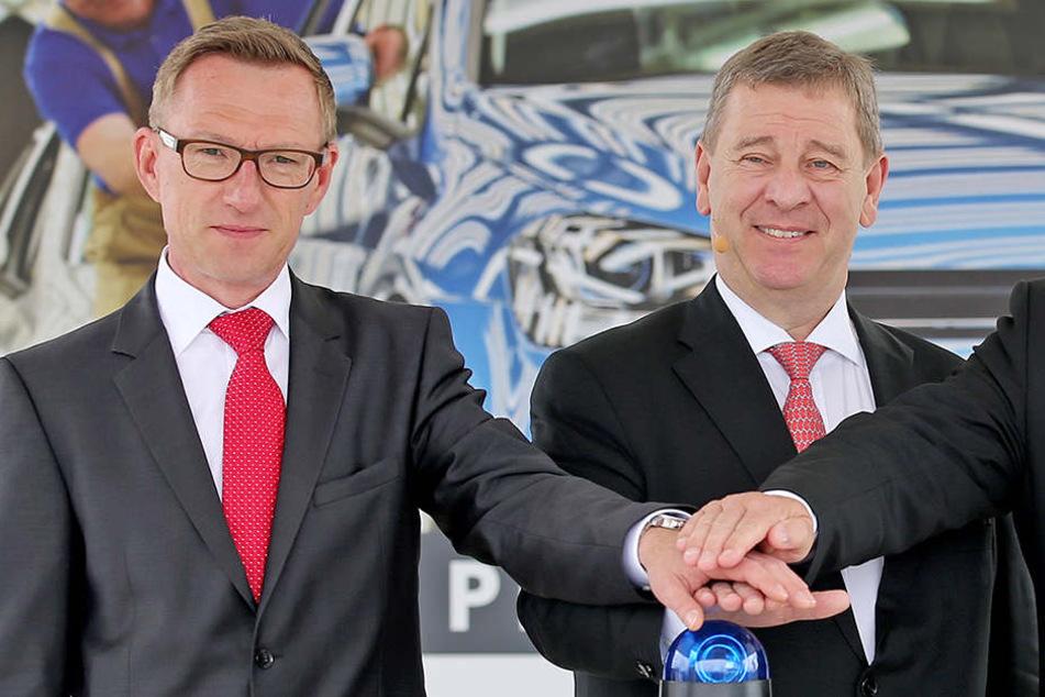 Betriebsrats-Chef Jens Rothe (47, l.) räumt mit den Gerüchten auf.