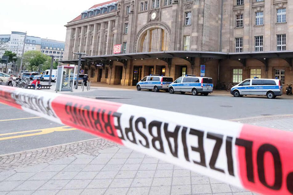 Mann sticht Frau vorm Hauptbahnhof nieder