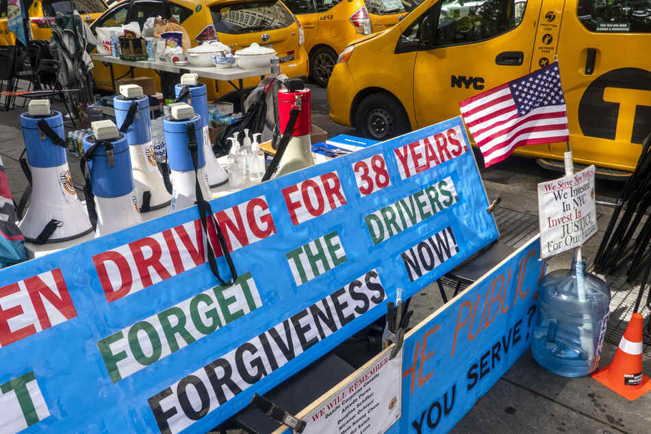NYC taxi drivers launch hunger strike for debt relief
