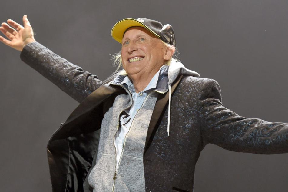 Auch mit 69 steht der Komiker noch auf der Bühne.