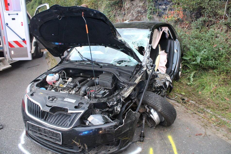 Schwerer Unfall in Overath: Kleintransporter fährt in Gegenverkehr