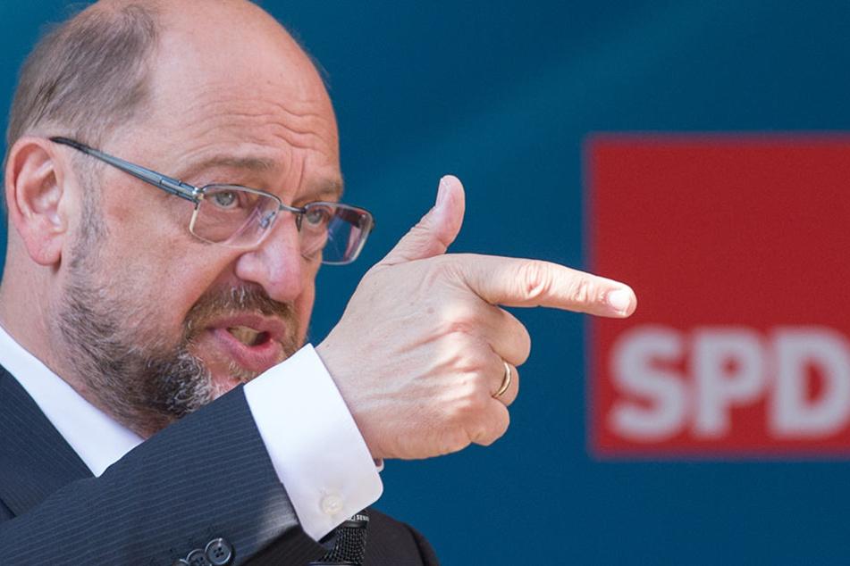 """Schulz bleibt Optimist: """"Für den FC gilt, was für die Bundestagswahl gilt: Abgerechnet wird am Ende der Saison."""""""