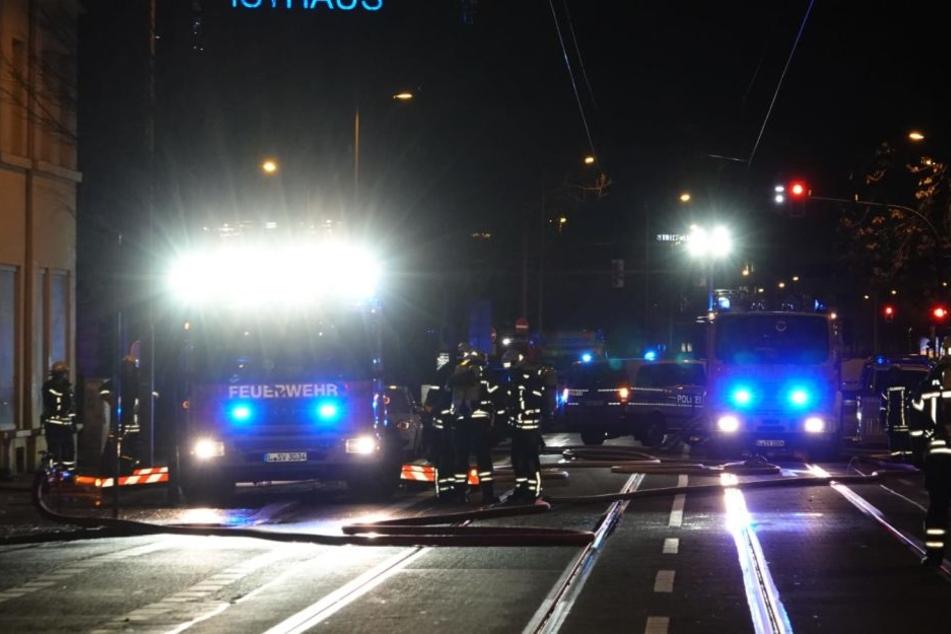 Für rund eine Stunde musste die Eisenbahnstraße am Mittwochabend für den Verkehr gesperrt werden.