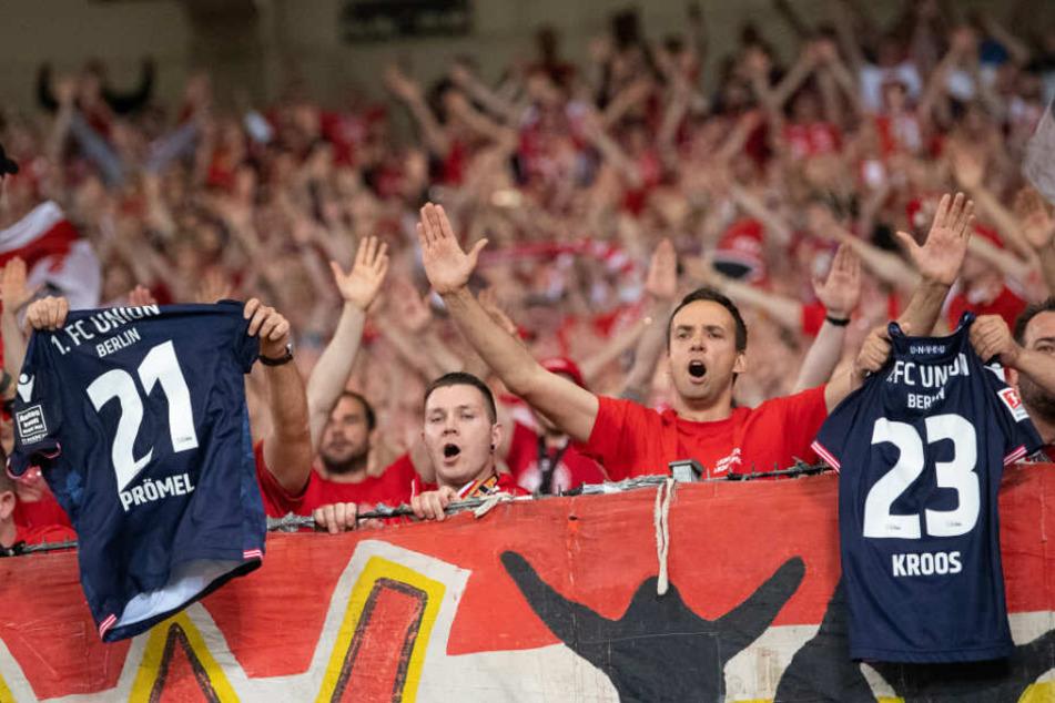 Knapp 4.000 Fans traten die Reise nach Stuttgart an.