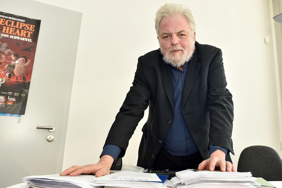 Der frühere Bürgerrechtler Lutz Rathenow (66) ist heute sächsischer Beauftragter zur Aufarbeitung der SED-Vergangenheit.
