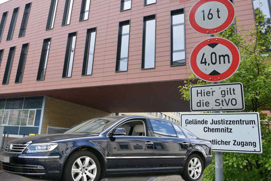 Ein dunkler VW Phaeton soll bis zu den Haftzellen in den Innenhof des Amtsgerichts gefahren sein.