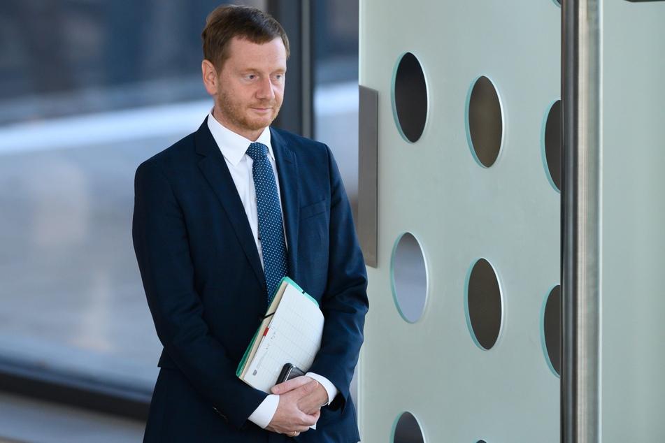 Michael Kretschmer (45, CDU) ruft alle Sachsen dazu auf, trotz der Corona-Krise weiterhin zusammenzuhalten.