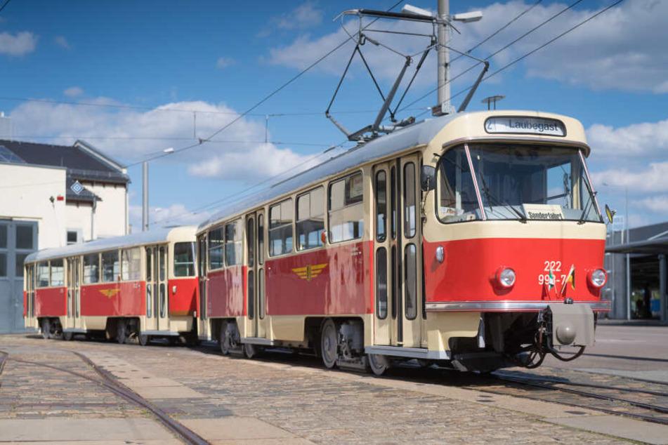 Die Tage an denen die legendäre Tatra-Bahn durch Dresden rollt, sind schon bald gezählt.